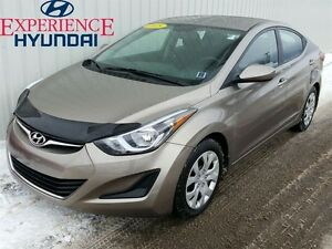 2015 Hyundai Elantra GL 6 SPEED EDITION WITH VERY LOW KMs AND FA