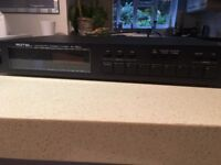 Rotel RT - 850L stereo tuner