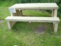 HAND MADE BESPOKE LARGE QUALITY WOOD PUB GARDEN TABLE & BENCH £199.00