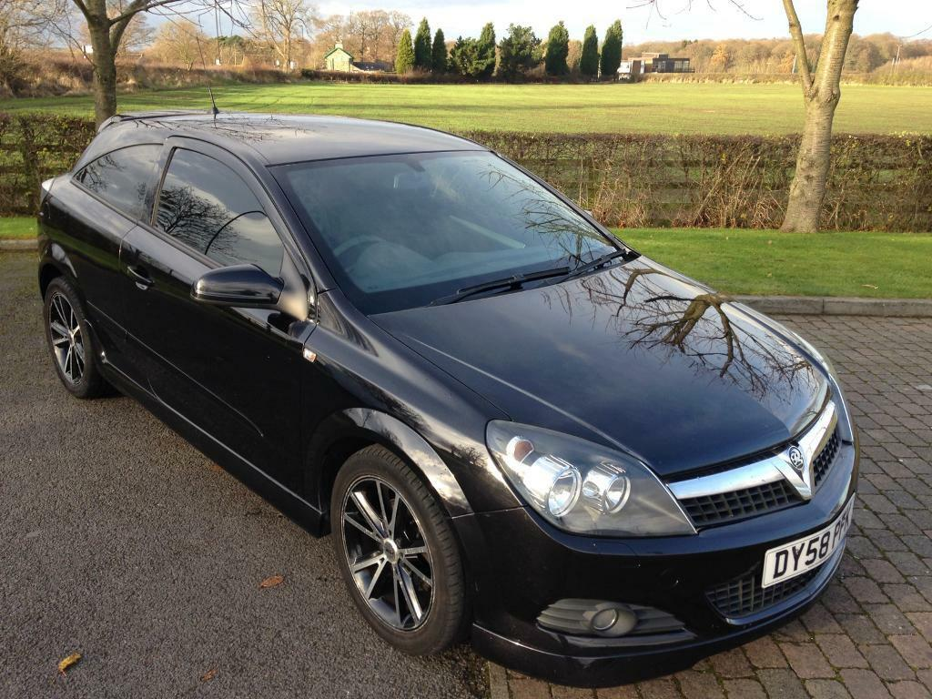2008/58 Vauxhall Astra with EXTERIOR PACK SportsCoupe with