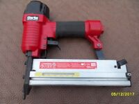 air nailer/stapler