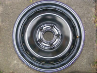 "RENAULT MEGANE 3 15"" STEEL WHEEL IN AS NEW CONDITION"