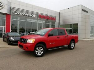 2011 Nissan Titan *Low KMs! Outstanding Condition!