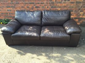 3 seater leather sofa in excellent condition