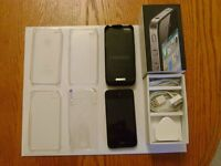 Used 16gb iphone 4 with extras