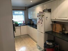Terrace House for Sale in Hanwell