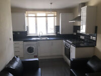 Large 3 Bedroom 2 Bathroom Flat located on Balham High Road SW12 9AP