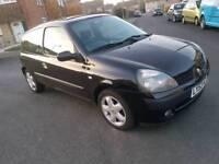 Renault Clio 1.2 petrol MANUEL Long MOT