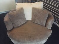 Cuddle/swivel chair for sale excellent condition