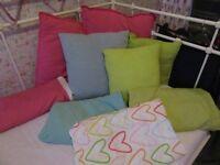4 x single duvet covers, cushions & bedside lamp pinks & pastels