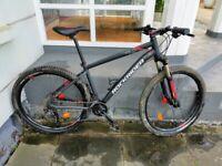 Mountain bike with suspension, disc brakes