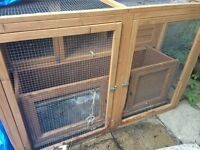 Rabbit hutch - good condition. Cost £100 - selling for £30