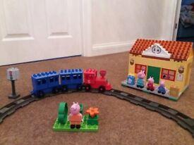 Peppa pig train station construction set - 95 pieces