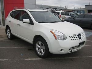 2010 Nissan Rogue SL | Wide Appeal!