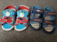 Boys toddler sandals size 6