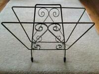 Vintage retro mid century newspaper / magazine rack