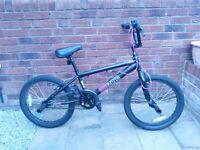 Zinc BMX stunt bike - Black and pink - Good condition
