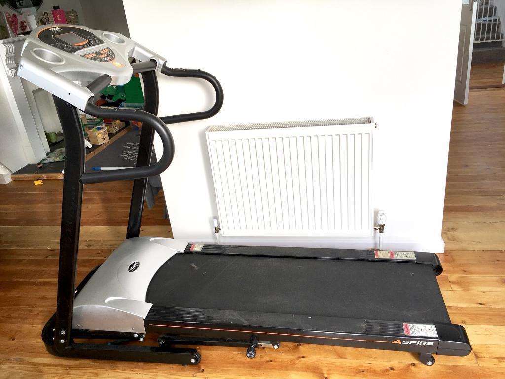 Running Machine / Treadmill (York Fitness Aspire)