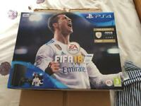 Ps4 500gb slim with Fifa 18, & F1 2017 like new