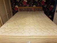 Sealy King Size Posturepedic mattress