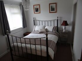 Double room to rent in Calcot