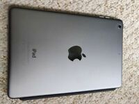 iPad mini 2 16gb - excellent condition with smart cover