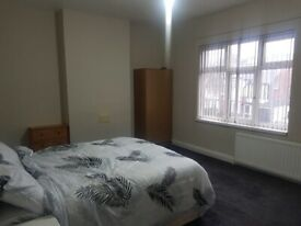 Rooms Available, Hall green, Double rooms, Shared Accomadation