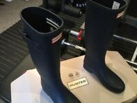 Brand new Hunters Wellington boots - Blue Size 5