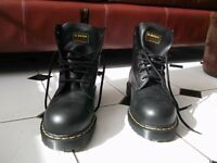 NEW - DOC MARTENS INDUSTRIAL STEEL TOE - SIZE 10 - BOOTS FOR SALE