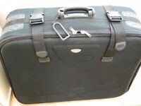 BORDERLINE Large Suitcase