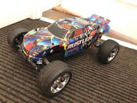 Traxxas Rustler + charger + 2 batteries + only a few days old