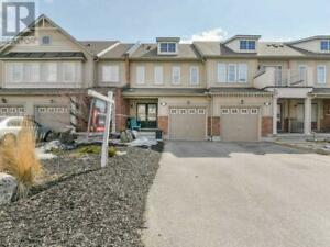 102 JAMES GOVAN DR Whitby, Ontario