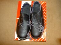 Men's Safety shoes.