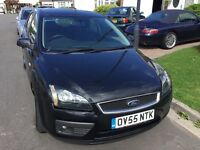 Ford Focus 1.6 Zetec climate automatic 2005 facelift model 5 door hatch mot December new shape