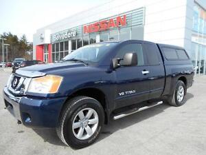 2011 Nissan Titan SV 4X4 KING CAB BOÎTE DE FIBRE MAGS MARCHE-PIE