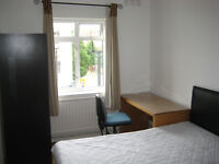 Double Room available to rent until 4 September in Pimlico flatshare £145 per week inc. bills & wifi
