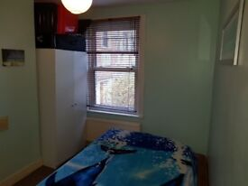Double room for rent in Canning Town! E16
