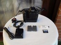 CANON EOS 5D mk1 Full Frame Camera Bundle