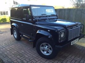Land Rover Defender 90 2006 Black Edition, lots of customisations, 97,000 Miles, Excellent Conditon