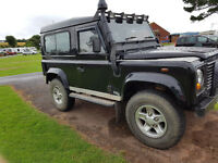 "Defender 90, ""Y"" reg Black like county, 89,000 miles, long MOT"