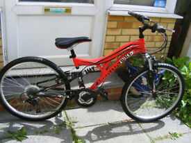 "24"" WHEEL SUSPENSION BIKE 14"" FRAME IN GREAT CONDITION AGE 8+"