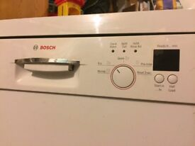 Bosch dishwasher. 60cm free standing, good condition and works perfectly.