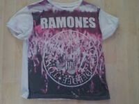 Ladies Size 16 Ramones T-Shirt - more like a 14 - Collect PE27