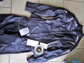 Richa ladies 2 piece motorcycle leathers, UK 12, Black, never worn.