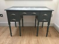 Vintage/shabby chic Victorian knee hole desk