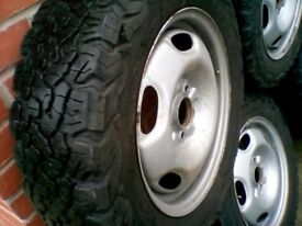 TYRES BFGoodrich A/T 215/65/r16 all 5 in good/excellent condition £600.00 new