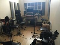 Looking for a Cool Place to Create or Play Music? Just Affordable Sound Proofed Music Studio!??