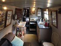NarrowBoat 50' cruiser live in