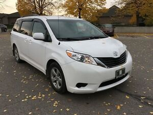 2014 Toyota Sienna LE 8 Pass V6 6A London Ontario image 7