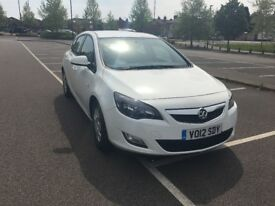 2012 Vauxhal Astra 1.7 Diesel, free road Tax, long MOT, one previous owner, good condition